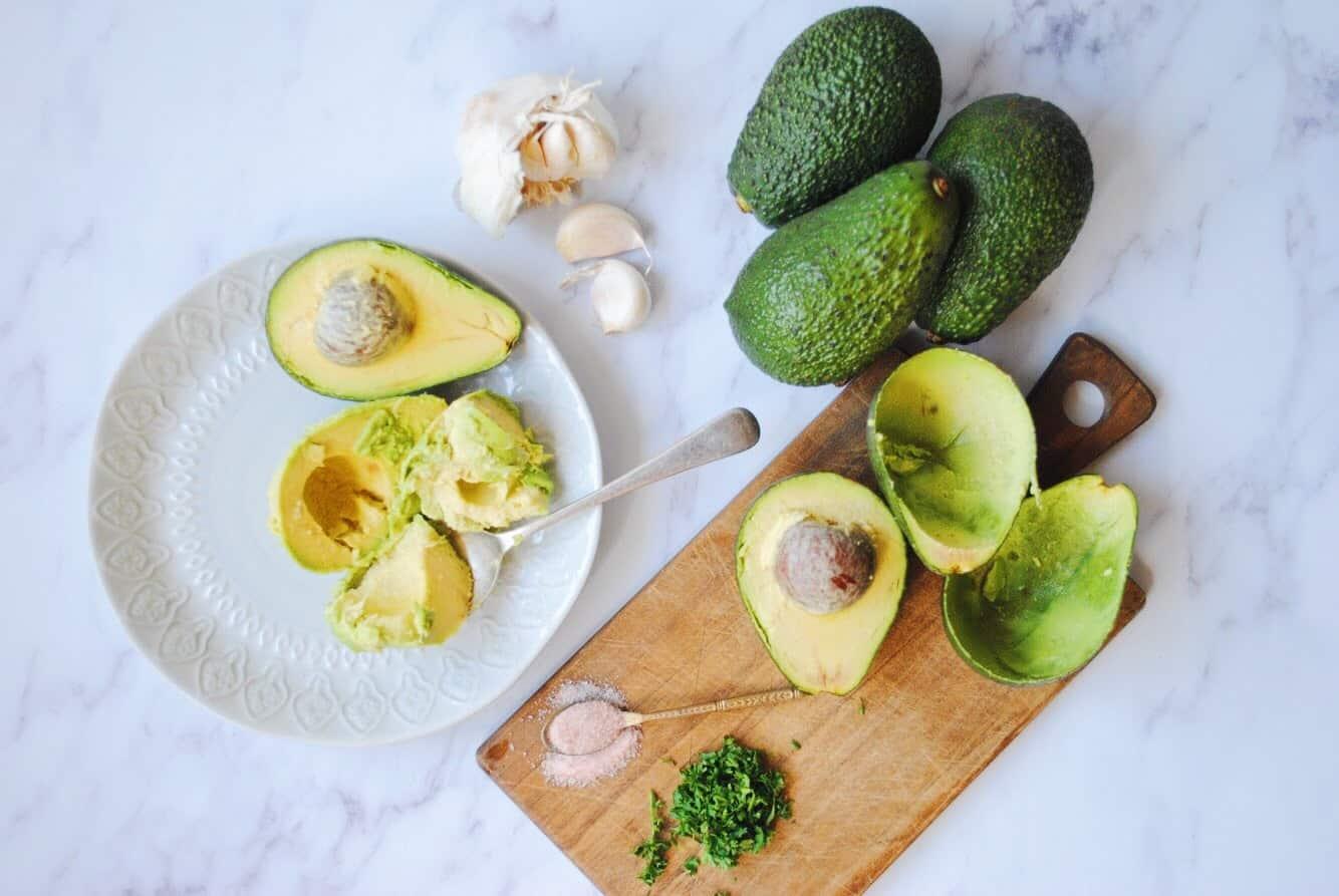 Simple Homemade Keto Guacamole